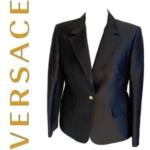 GIANNI VERSACE couture blazer with gold buttons